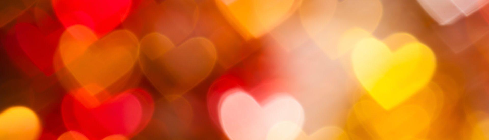 Glamping für Verliebte: Verbringen Sie romantische Stunden im neuen Love-Iglu auf dem Camping Lazy Rancho in Unterseen bei Interlaken.