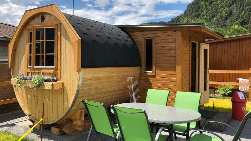 Famileifreundliche Holziglus für max. 4 Erw. & 1 Kind auf dem Camping Lazy Rancho in Unterseen direkt auf der Webseite buchen.